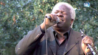 Bruno Edjenguélé en concert à Lunel-Viel