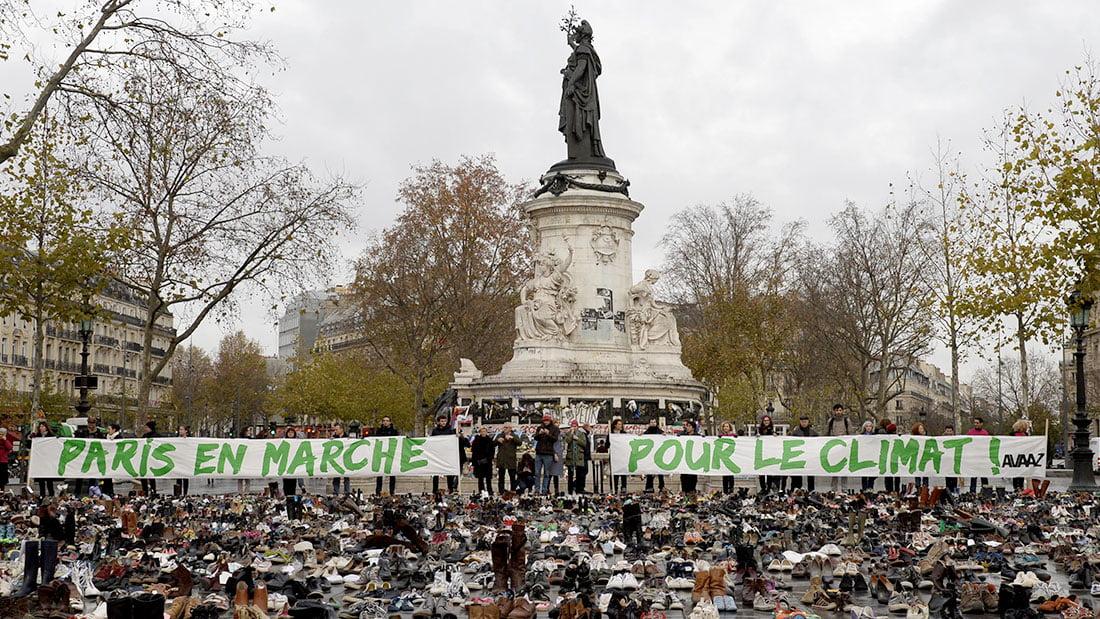 Des citoyens en marche pour le climat, avec un gouvernement socialiste qui musèle les gens, en matière de liberté