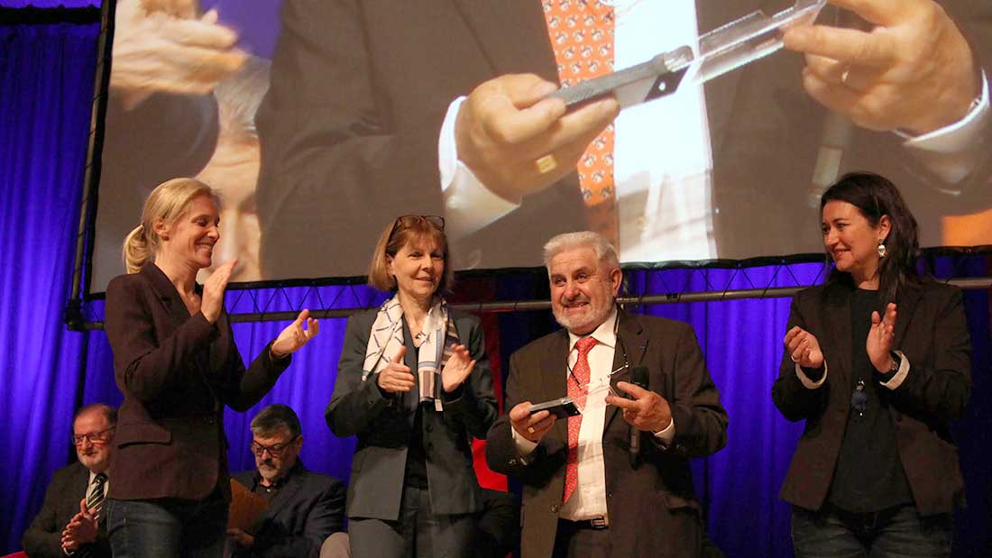 Applaudissements pour Alain Esclopé après 25 ans de présidence.