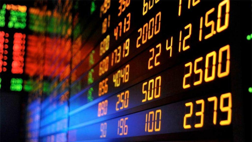La mondialisation est-elle une chance ? La mondialisation avec la bourse des stocks, des marches et de ses diktats économiques et financiers, loin de protéger la diversité, accélère au contraire l'homogénéisation du monde.