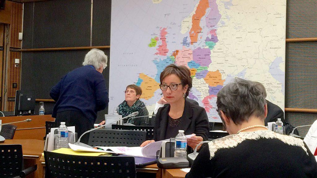 Sabine Buis, une deputee ardechoise contre les gaz de schistes