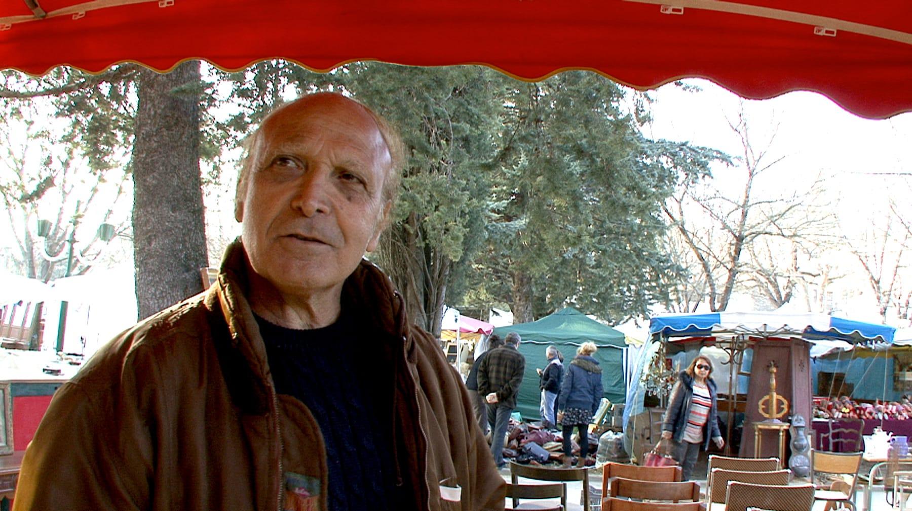 Jean-Jacques Touati, brocanteur marseillais nous livre l'histoire de la première brocante de Barjac.