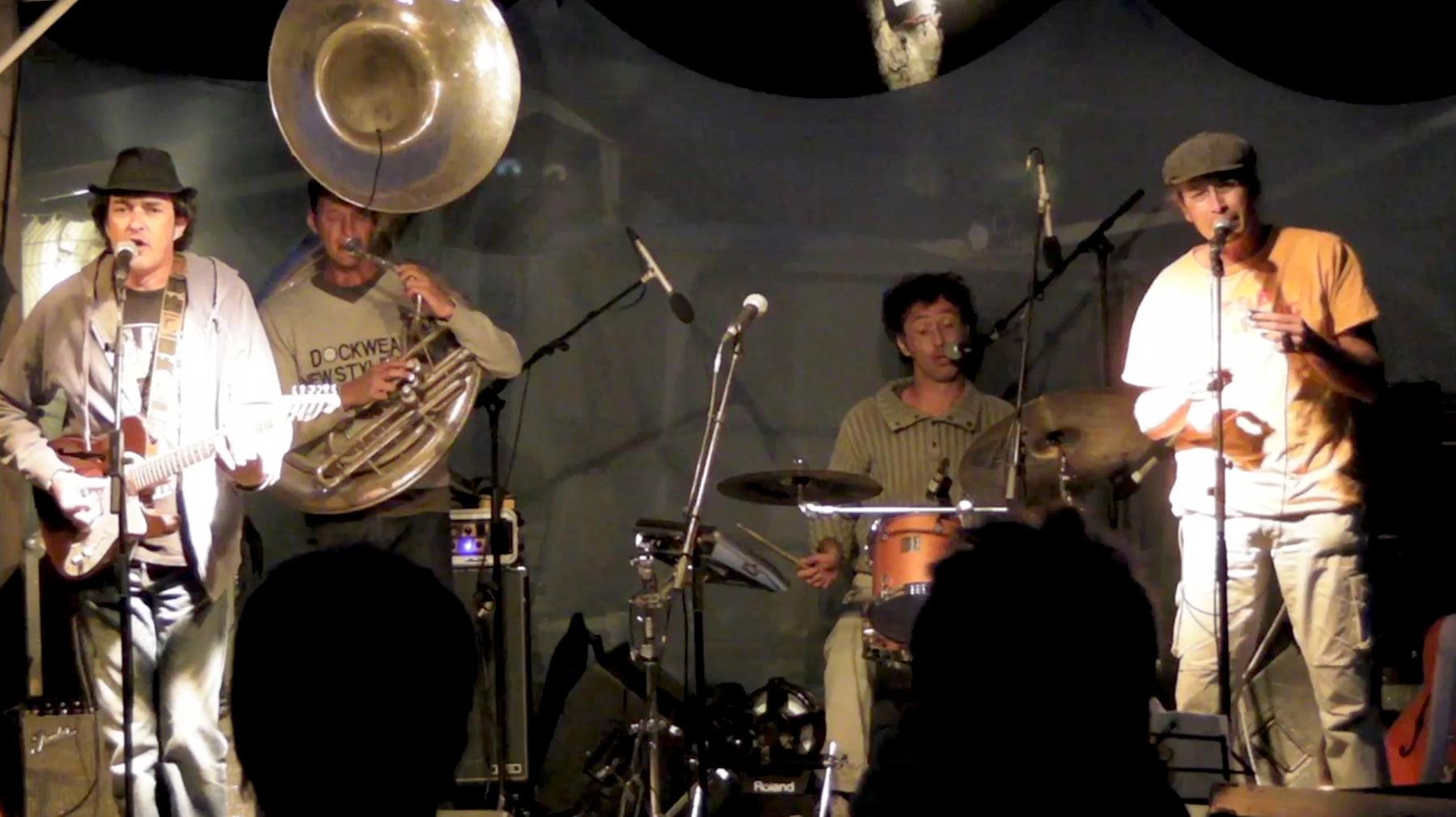 Le groupe Hush en concert à Lecques