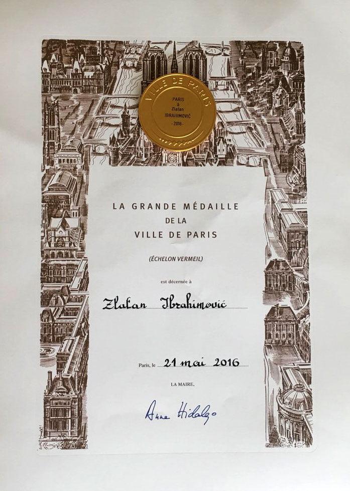 Médaille de Paris pour Zlatan