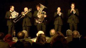 St Hippolyte du Fort reçoit le Spanish Brass, un quintette de cuivres espagnol qui a donné avant le concert une master classe aux élèves de la région.