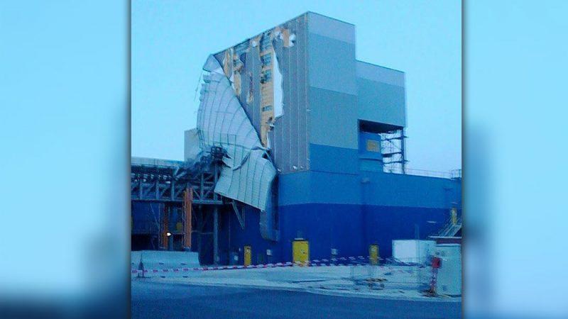 Tricastin : La facade de l'usine Comurhex II arrachée par le vent