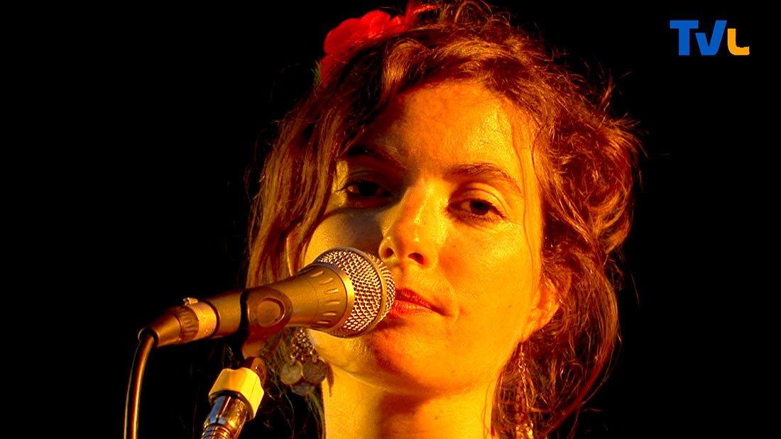 Léna Vassiliu en concert