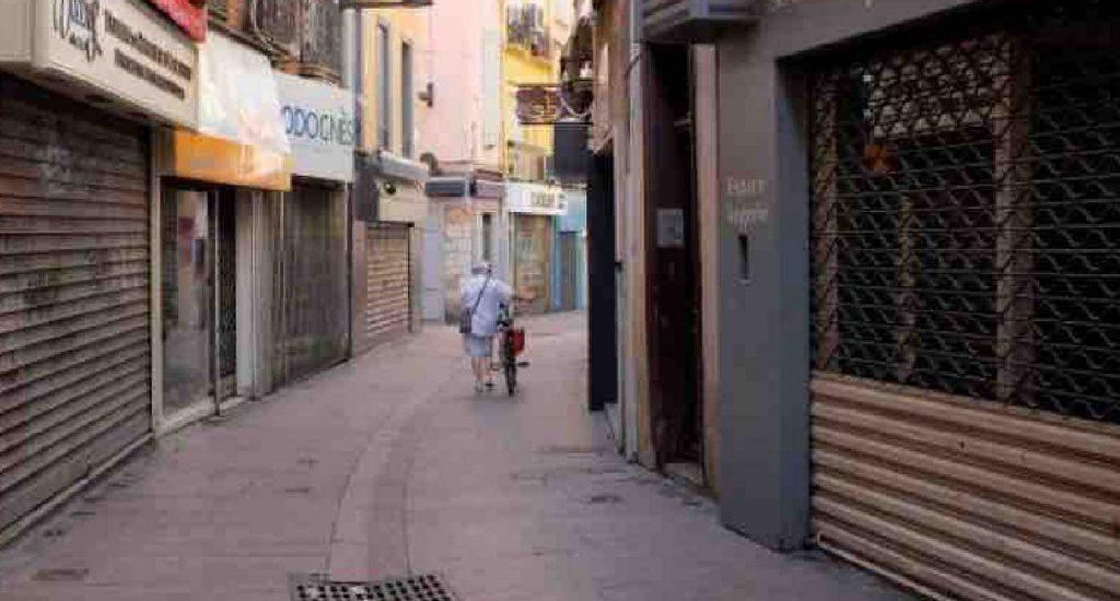 Commerce : Les commerces de proximité des villes de province ferment chaque jour